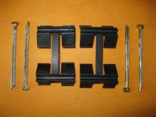 AUSTIN HEALEY SPRITE(63-71) MG MIDGET(65-79)BRAKE PAD FITTING KIT -PINS & CLIPS